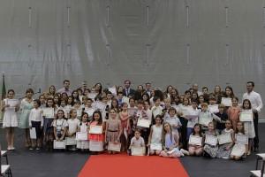 Ayto. premia a los mejores alumnos de primaria