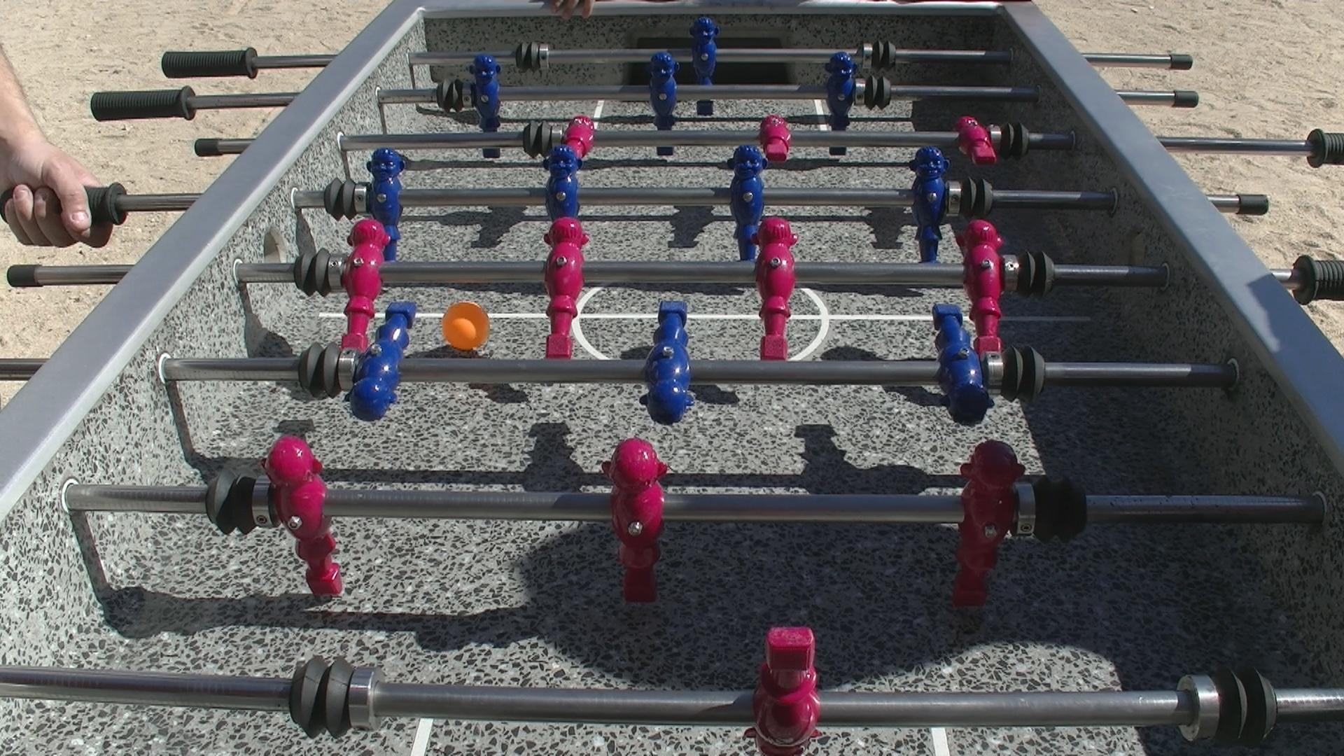 Y tú... ¿qué mejorarías? Futbolín en el parque Sofía de Grecia