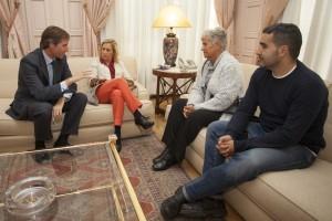 Terol y la familia de María Piedad reunidos con Concepción Dancausa
