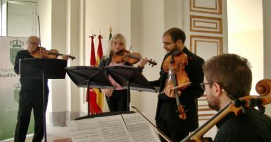 Mikhailova Stars Chamber Orchestra