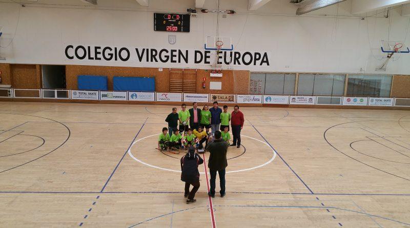 Antonio Glez. Terol visita al equipo de hockey del BM Skate