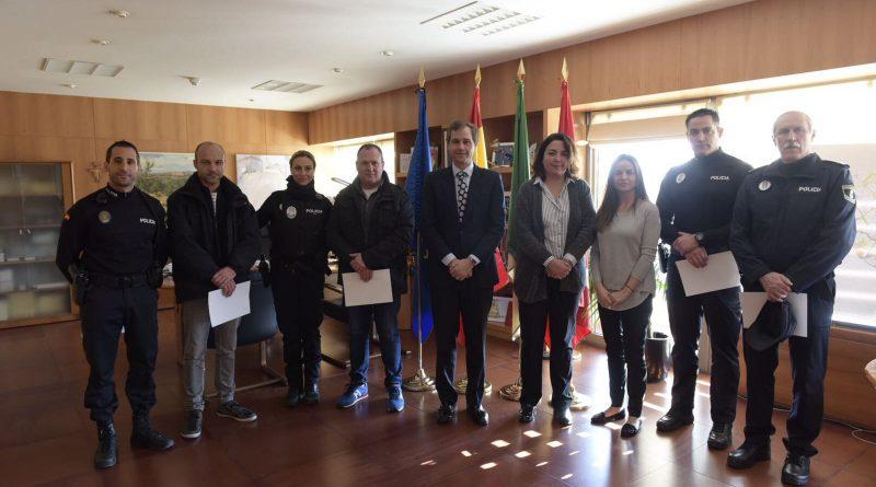 seis policías locales felicitados por una detención en Boadilla