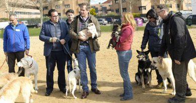 Terol visita un área canina de Boadilla