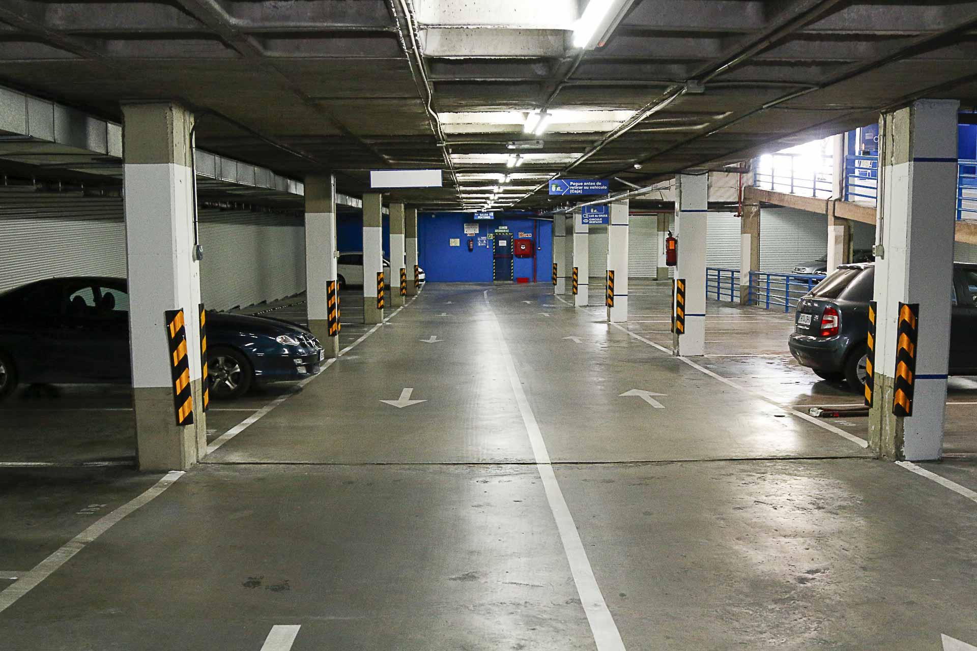 Renovado el parking de la Plaza de la Concordia y el exterior2