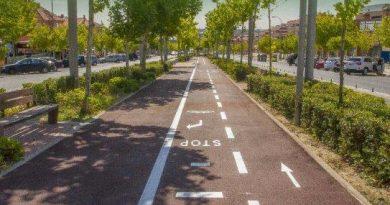 Marcha ciclista para presentar un nuevo carril bici