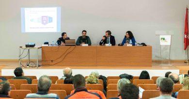 Policía Local y Guardia Civil protagonizan charla sobre antiterrorismo