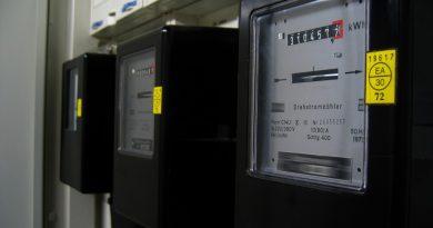 Contadores de electricidad. PSOE propone convertirse en operador eléctrico