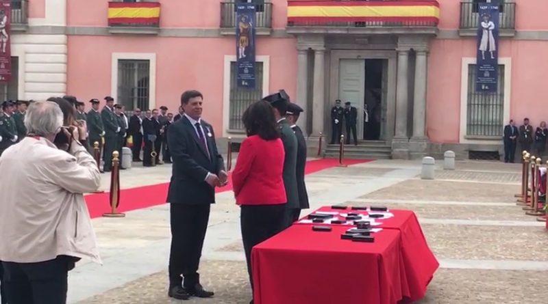 Condecoración a Juan Carlos Quer en el Día de la Policía Local de Boadilla del Monte