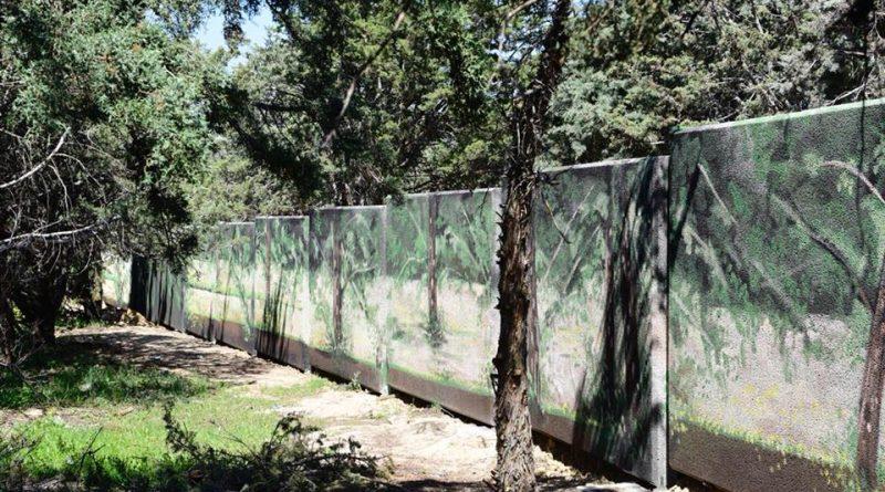 pantalla acústica en la M-513 a la altura de Olivar de Mirabal