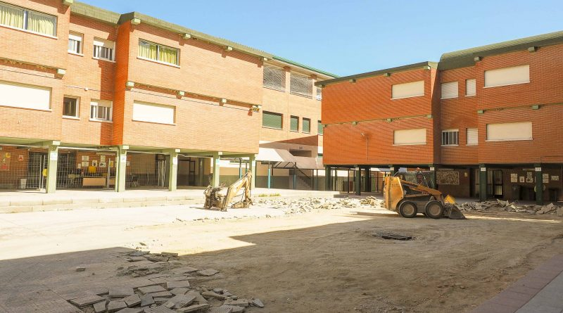 El Ayuntamiento destina 240.876 euros a obras de renovación y mantenimiento en el CEIPSO Príncipe Don Felipe