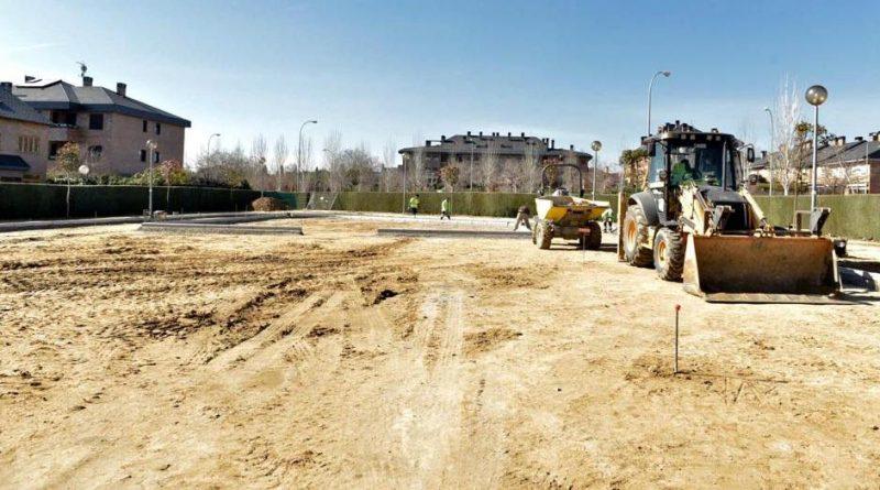 Obras de mejora en el parque de Jaime Ferrán, ubicado en Viñas Viejas