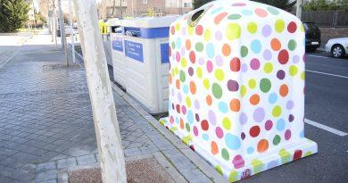 Teleboadilla. Contenedores de diseño para promover el reciclaje de vidrio en Boadilla