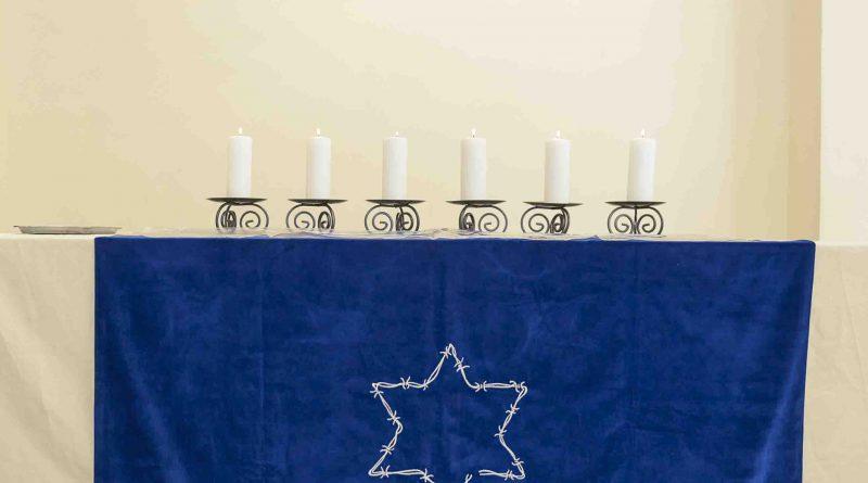 Acto en memoria del Holocausto Judio