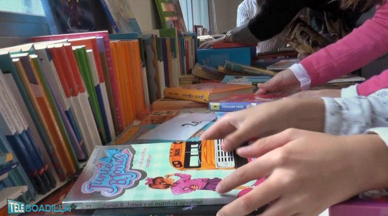 Mercadillo de libros de Cáritas