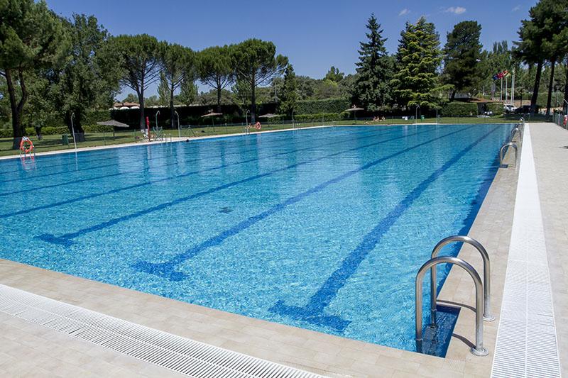 Las piscinas de urbanizaciones bajo control sanitario - Residencia boadilla del monte ...