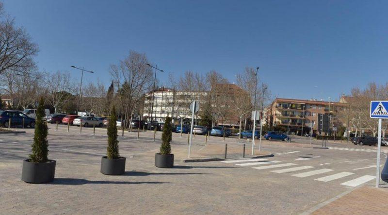 Plazas de aparcamiento en el Paseo de Madrid