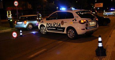 Teleboadilla. control de la policía en Boadilla del Monte
