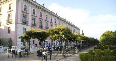 Teleboadilla. La terraza del Palacio del Infante Don Luis en Boadilla del Monte