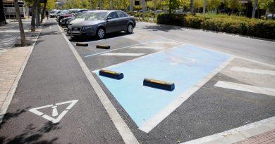 Teleboadilla. Parking en batería en Avda. Siglo XXI