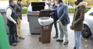 Teleboadilla. Cubos para residuos orgánicos para implantar el quinto contenedor