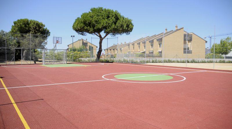 Teleboadilla. Nueva pista de fútbol sala y baloncesto en la calle Cabo de Peñas de Boadilla del Monte