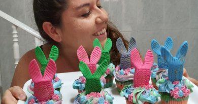 Teleboadilla. Ángeles en su programa Repostería Creativa. Cupcakes